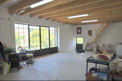 SECTEUR OUEST TOURNUS GRANDE MAISON EN PIERRES 340 m2 RENOVEE STYLE CONTEMPORAIN, atelier