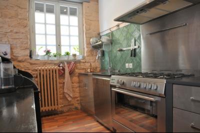 SECTEUR OUEST TOURNUS GRANDE MAISON EN PIERRES 340 m2 RENOVEE STYLE CONTEMPORAIN, cuisine