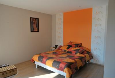 TOURNUS, à vendre TRES BELLE VILLA  AVEC VUE, maison de plain-pied, 7 pièces et 180 m² dépendances., Chambre parentale