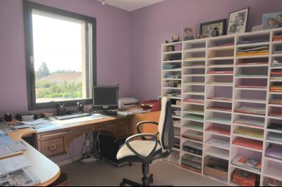 TOURNUS, à vendre TRES BELLE VILLA  AVEC VUE, maison de plain-pied, 7 pièces et 180 m² dépendances., Bureau