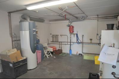 TOURNUS, à vendre TRES BELLE VILLA  AVEC VUE, maison de plain-pied, 7 pièces et 180 m² dépendances., Sous Sol