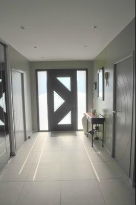 TOURNUS, à vendre TRES BELLE VILLA  AVEC VUE, maison de plain-pied, 7 pièces et 180 m² dépendances., Entrée