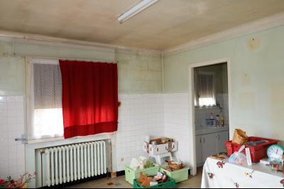 Secteur LOUHANS,Vends ensemble de 3 maisons idéalement situées entre Louhans et Chalon sur Saône., CUISINE ETAGE DE MAISON 1
