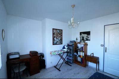 Secteur LOUHANS,VENDS JOLIE MAISON CONTEMPORAINE DE 130 m² sur 2730m² DE TERRAIN, CHAMBRE 1