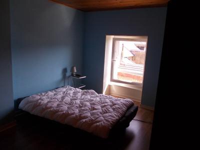 Arbois (39 JURA), vends maison de ville de 6 pièces, 115 m² habitables avec parking 3 voitures., chambre étage