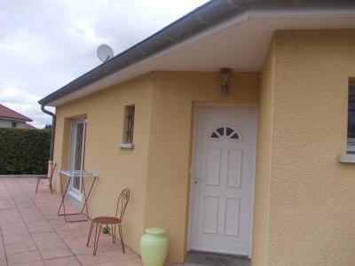 Secteur Chaumergy, vends agréable maison (2007) de 6 pièces, 110m², piscine sur 4200m² de terrain, entrée