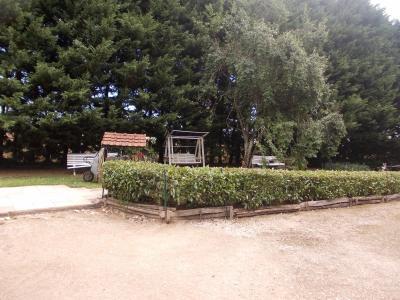 Secteur Chaussin, vends maison (ferme) de 5 pièces, 130m², annexe, sur 2500m² de terrain clos, jardin avant