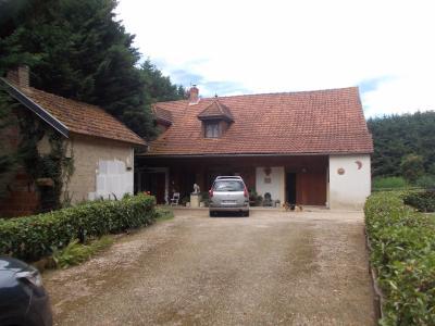 Secteur Chaussin, vends maison (ferme) de 5 pièces, 130m², annexe, sur 2500m² de terrain clos, vue depuis entrée