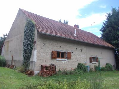 Secteur Chaussin, vends maison (ferme) de 5 pièces, 130m², annexe, sur 2500m² de terrain clos, vue arrière
