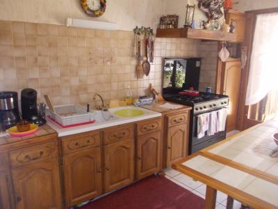 Secteur Chaussin, vends maison (ferme) de 5 pièces, 130m², annexe, sur 2500m² de terrain clos, cuisine équipée 14m&