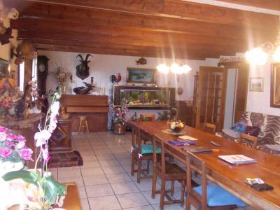 Secteur Chaussin, vends maison (ferme) de 5 pièces, 130m², annexe, sur 2500m² de terrain clos, salon/séjour 47m²