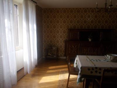 Secteur Sellières, vends belle maison en pierres de 1813, 5 pièces, 125m² sur 6000m² terrain clos, idem