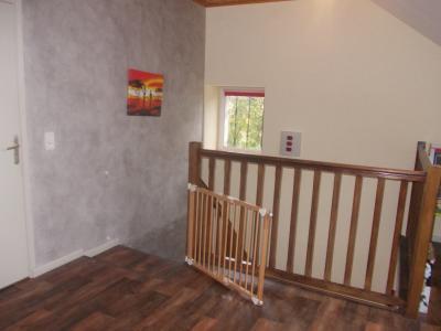 Secteur Chaussin, vends ferme reconditionnée de 7 pièces, 159m², dépendances sur terrain  de 4780 m², mézzanine