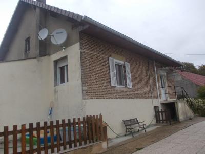 Secteur Chaussin, vends ferme reconditionnée de 7 pièces, 159m², dépendances sur terrain  de 4780 m², vue arrière
