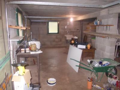 Secteur Chaussin, vends belle maison (2002 ) de 7 pièces, 120m², 2 garage sur 2300m² de terrain clos, garage 2 voitures et adoucisseur d