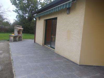 Secteur Chaussin, vends belle maison (2002 ) de 7 pièces, 120m², 2 garage sur 2300m² de terrain clos, terrasse extérieure avec store