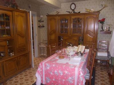 Proche Dole, vends ancien Moulin ( 1280 ) de 12 pièces, 450m² habitable sur 20000m² de terrain clos., salle à manger