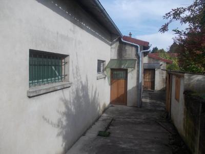 Pierre de Bresse, vends Maison de 140m² et ancienne boulangerie de 200m², sur 1416m² de terrain., arrière