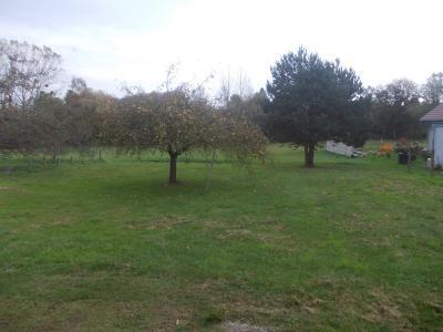 Chaumergy centre,  vends beau terrain à bâtir de 3150m² avec bâtiment agricole de 115m², TERRAIN 3150m²
