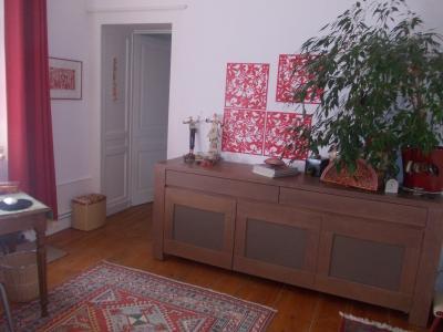 Sect. Cramans, vends grande maison avec gîte 8 + 4 pièces, 140 + 65m² sur 2400m² de terrain clos, chambre/bureau