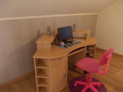 Secteur Chaussin, vends maison de 6 pièces, 175m²habitable sur 1300m² de terrain clos, bureau