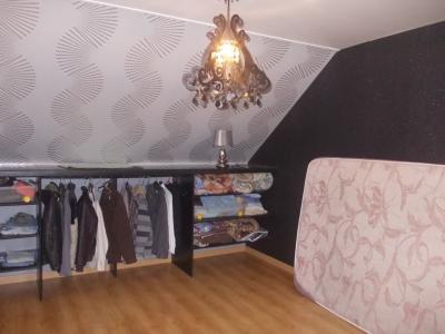 Secteur Chaussin, vends maison de 6 pièces, 175m²habitable sur 1300m² de terrain clos, chambre 3