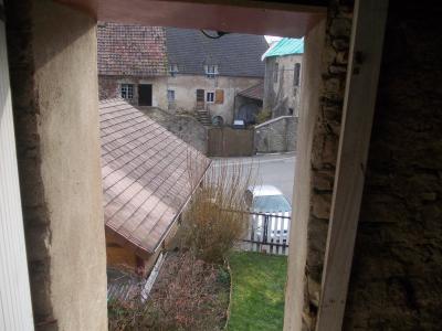 Secteur Dole, vends charmante maison de vigneron de 7 pièces, 108m² sur 500m² de terrain clos, vue depuis tour