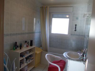 MONT SOUS VAUDREY (39380) A VENDRE  maison récéente POUR INVESTISSEURS  rendement de 5,95% brut., salle de bain