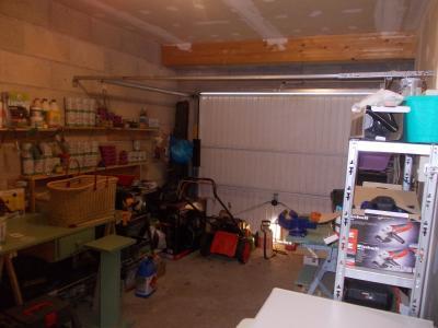 MONT SOUS VAUDREY (39380) A VENDRE  maison récéente POUR INVESTISSEURS  rendement de 5,95% brut., garage 16m²