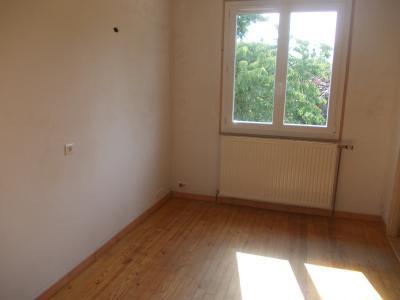 Secteur Chaussin vends maison de 5 pièces 85m², terrain clos de 1500m² avec 60m² de dépendances., chambre 3