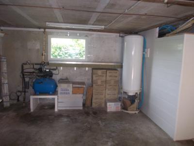Secteur Chaussin vends maison de 5 pièces 85m², terrain clos de 1500m² avec 60m² de dépendances., garage avec puits