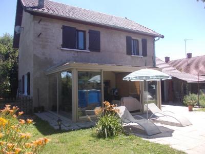Secteur Chaussin, vends agréable maison de 6 pièces, véranda, 180m² sur 500m² de terrain clos, arrière gauche
