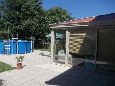 Secteur Chaussin, vends agréable maison de 6 pièces, véranda, 180m² sur 500m² de terrain clos, véranda