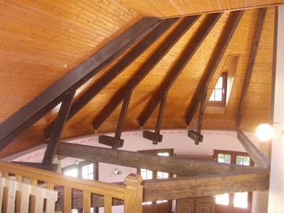 Proche Chaussin, vends belle maison de 7 pièces, 135m², dépendances sur 4800m² de terrain arboré, haut salon/séjour