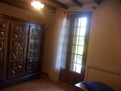 Proche Chaussin, vends belle maison de 7 pièces, 135m², dépendances sur 4800m² de terrain arboré, chambre RdC