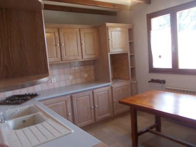 Proche Chaussin, vends belle maison de 7 pièces, 135m², dépendances sur 4800m² de terrain arboré, cuisine équipée