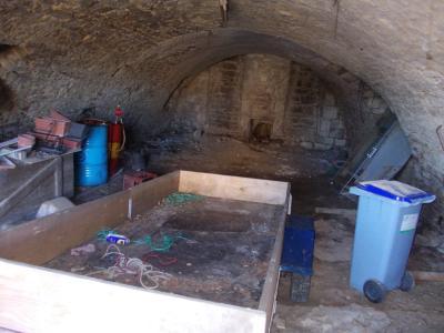 Sellières centre, à vendre maison en pierres de 5 pièces, 120m² habitables avec grande cave voutée., cave voutée de 74m²