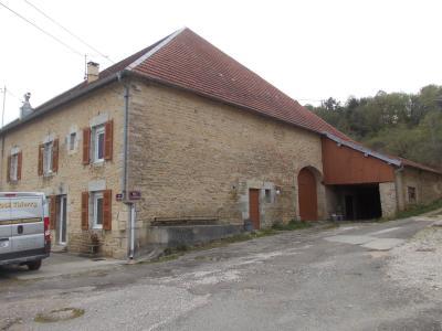 Salins les Bains vends belle maison de pierres, 5 pièces, 130m², dépendances sur 1200m² de terrain., avec dépendances garage 45m²