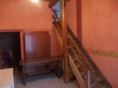 Secteur Mouchard, à vendre maison de village en pierres de 6 pièces 110m² habitables., idem et accès étage