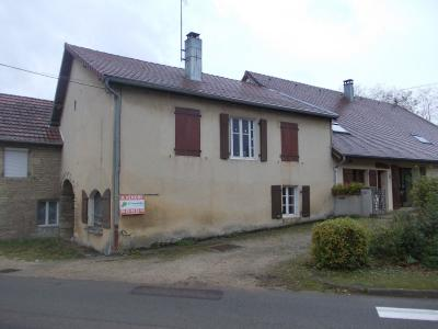 Secteur Mouchard, à vendre maison de village en pierres de 6 pièces 110m² habitables., vue de coté