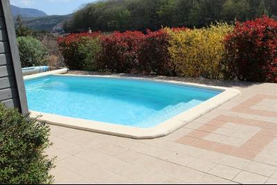Mouchard, belle maison récente de 5 pièces, 110m², piscine, terrasse sur 1000m² de terraln clos., idem