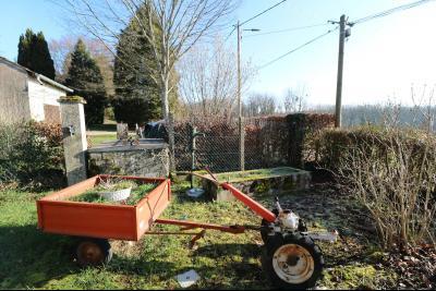 Chaussin à vendre maison (ancienne ferme) de 4 pièces, dépendances 260 m² sur 5417m² de terrain., puits