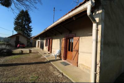 Chaussin à vendre maison (ancienne ferme) de 4 pièces, dépendances 260 m² sur 5417m² de terrain., coté droit