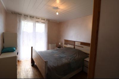 Chaumergy, à vendre agréable maison récente de 5 pièces, 95m² habitables, garage, 1400m² de terrain., chambre 2 12m²