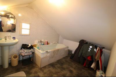 Proche Chaumergy, vends maison et ferme 75 et 150m² en cours de restauration sur 2750 m² de terrain., idem
