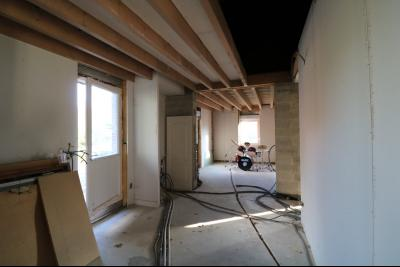 Proche Chaumergy, vends maison et ferme 75 et 150m² en cours de restauration sur 2750 m² de terrain., chambre