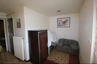 Secteur Chaussin, à vendre maison de plain-pied, 4 pièces, 90m², garage sur 700m² de terrain., coin bureau