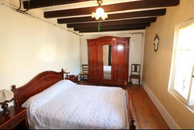Secteur Chaussin, à vendre maison de plain-pied, 4 pièces, 90m², garage sur 700m² de terrain., idem