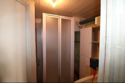 Chaussin centre, vends agréable maison de 6 pièces , dépendances, 90m² sur 500m² de terrain clos., salle d