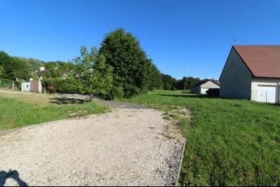 Secteur Le Deschaux au calme vends beau terrain à bâtir de 2000m² avec CU, commodités sur place., Entrée terrain